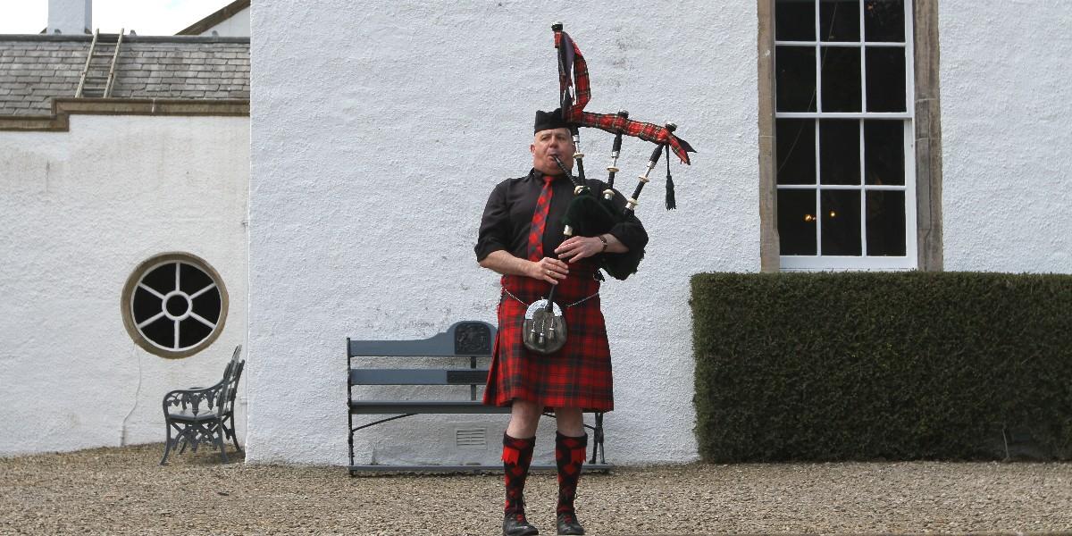 Schottlandreise whisky-Mobil